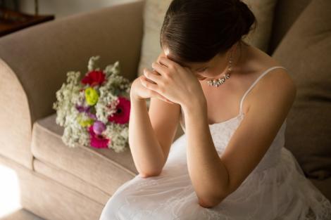 """Nunta de vis a unei mirese a fost distrusă, din cauza unei moșteniri rușinoase: """"M-au umilit în fața tuturor. Nu s-au oprit până nu m-au văzut în lacrimi"""""""