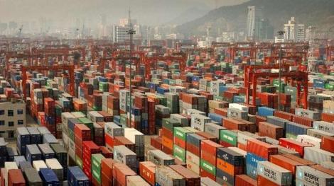 Exporturile şi importurile Chinei s-au contractat peste aşteptări în septembrie, din cauza tarifelor americane