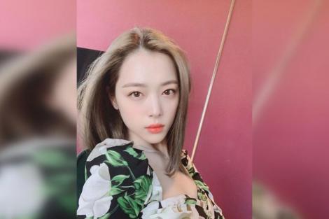 Cântăreaţa k-pop Sulli, găsită fără viaţă în casa ei din apropiere de Seul
