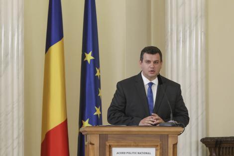 Eugen Tomac: Am avut o discuţie cu preşedintele Iohannis, care n-a informat că marţi anunţă premierul. PMP şi-a prezentat condiţiile pentru susţinerea Guvernului