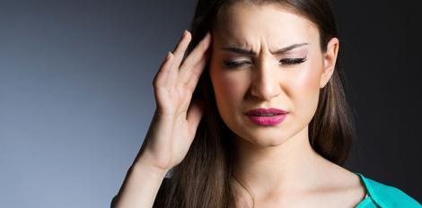 Simptome banale ce te trimit urgent la medic! Tot mai multe românce au această boală gravă