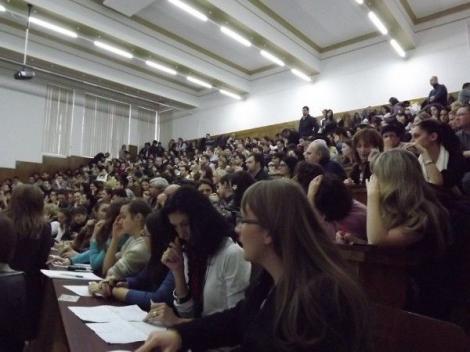 """Spitalele din România, în pragul unei noi crize de personal! O generație întreagă de rezidenți ar putea sta un an pe bară: """"Legea este clară!"""""""