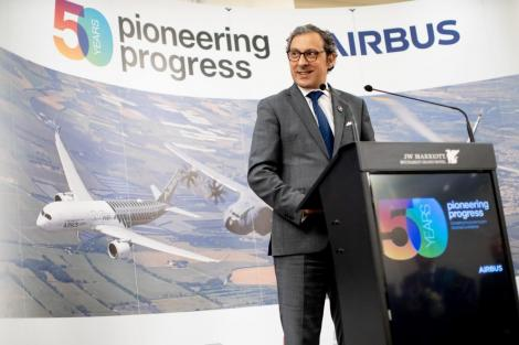 Şeful Airbus Helicopters pe Europa: Luăm în calcul să renunţăm la construcţia fabricii din Braşov. Nu am avut cu cine să negociem, aşteptăm o ofertă concretă de doi ani