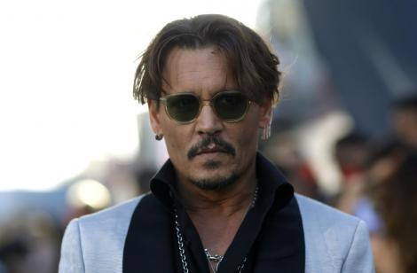 """Procesul în care Johnny Depp e acuzat că a agresat un membru al echipei filmului """"City of Lies"""", amânat"""