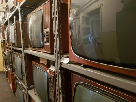 Primele televizoare românești au fost exportate în Germania. Unde se mai găsesc acum acestea