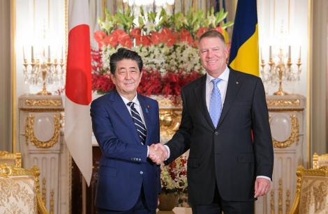 Preşedintele Klaus Iohannis s-a întâlnit, la Tokyo, cu premierul Japoniei, Shinzo Abe