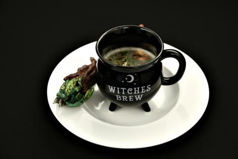 Supă din țelină magică pentru zmei voinici. O supă rece din legume crude.