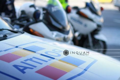"""Percheziţii în Argeş, la suspecţi de furturi şi tâlhării prin metoda """"distragerii atenţiei"""", pe autostrăzi şi drumuri naţionale"""