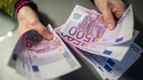 BNR Curs valutar 23 octombrie 2019. Cât costă astăzi un euro