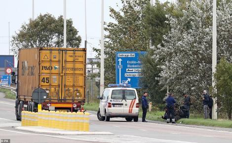 S-a aflat: cei 39 imigranți care au murit înghețați în camionul groazei, la - 25 de grade C, erau chinezi