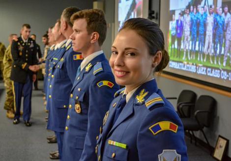 O româncă, șefă de promoție în America! Povestea buzoiencei care va opera primul sistem antibalistic Patriot al României