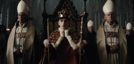 """""""Regele"""", cu Timothée Chalamet şi Robert Pattinson, lansat pe 1 noiembrie"""