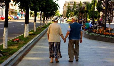 """Cuplurile din Bacău care împliniesc 50 de ani de casatorie vor primi """"Diplomă de Onoare"""""""