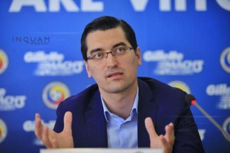 Burleanu: Atât timp cât avem contract cu un selecţioner nu vom contacta altul şi în plus de asta avem mare încredere în Cosmin Contra