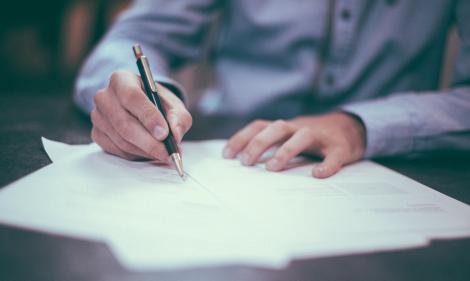 Proiectul cu privire la rezidențiat, amendat în Comisia de Sănătate! Când va avea loc examenul