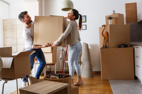 4 lucruri pe care trebuie să le ai în vedere atunci când te muți în casă nouă