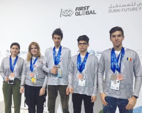 România câștigă două medalii la competiția mondială de robotică