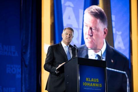Iohannis: După 30 de ani, abia acum începem să scăpăm de comunism. De fapt ce ne-a ţinut în urmă, ce ne-a ţinut ca şi cum am fi avut o piatră de moară legată de gât este PSD-ul