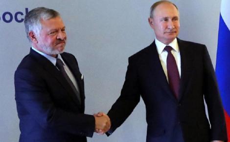 """Putin respinge ideea că Stalin este vinovat împreună cu Hitler de izbucnirea celui de-al Doilea Război Mondial drept """"apogeul cinismului"""""""