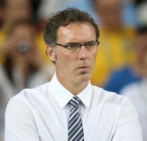 Laurent Blanc ar putea fi antrenorul lui Tătăruşanu la Lyon
