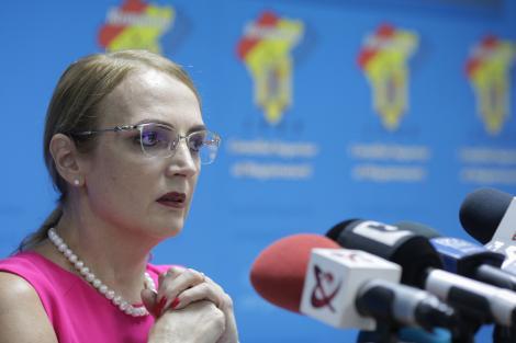 Preşedintele CSM sesizează Curtea Constituţională cu privire la acţiunile ministrului Justiţiei, Ana Birchall
