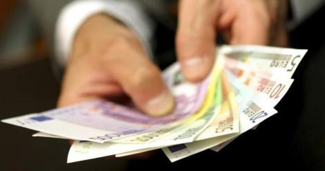 Un român a câștigat 278.000 de euro, într-o singură lună, în Germania! Ce a putut să facă este incredibil! 11 persoane i-au picat în plasă