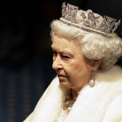 """Ce se întâmplă când moare regina Elisabeta a Marii Britanii! Ce este operațiunea """"London Bridge"""""""