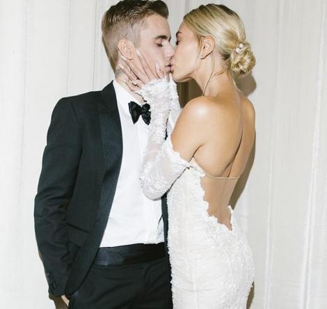 Justin Bieber și soția lui, Hailey, ședință foto incendiară,după nuntă! Au pozat aproape goi! Imaginile ce o vor face pe Selena Gomez să suspine! Foto