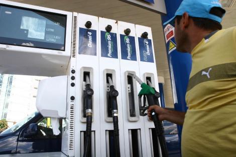 România, în topul țărilor cu cele mai mari taxe pe carburanți. Benzina și motorina urmează să se scumpească la început de 2020