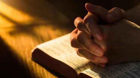 Calendar ortodox 1 noiembrie. Rugăciunea puternică pe care o rostești pentru sănătatea ta și a familiei