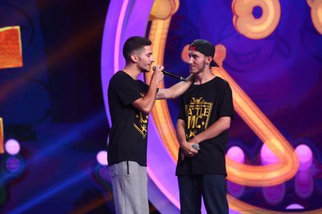 """Adrian și Andrei s-au bătut în rime. Primul rap battle de la """"iUmor"""" a ieșit cu scântei pentru jurați: """"Cheloo deja ne-a spus că suntem proști"""""""