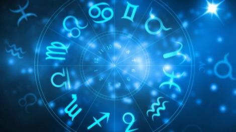 Horoscop zilnic. Horoscopul zilei de duminică, 10 Noiembrie: CAPRICORNII sunt nehotărâţi în dragoste