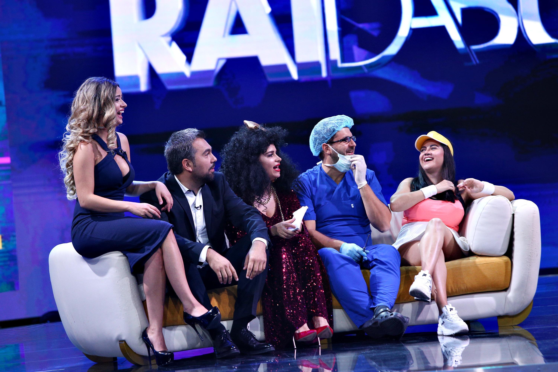 Show așa cum trebuie! Bianca Andreescu, Bianca Drăguşanu şi Matteo Politti, invitaţi la Răi şi nebuni!