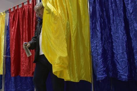 BEC anunţă rezultatele finale ale primului tur al alegerilor prezidenţiale: Klaus Iohannis - 37,82%, Viorica Dăncilă - 22,26 %, Dan Barna - 15,02%, Mircea Diaconu - 8,85%