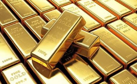 Preşedintele Iohannis retrimite în Parlament proiectul de lege prin care BNR e obligată să aducă în ţară rezerva de aur