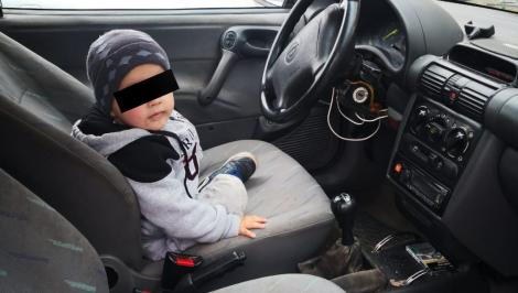 Un copil de trei ani a intrat cu mașina într-o primărie din Iași! Toți au încremenit când au aflat unde era tatăl