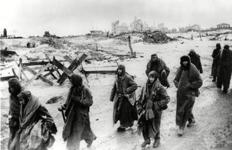 """2.000.000 de morți. Soția """"trădătorului"""" de la Stalingrad era româncă! Hitler a persecutat-o. Nu și-a mai văzut soțul!"""