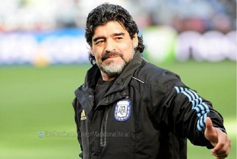 Maradona rămâne antrenor al echipei Gimnasia la Plata