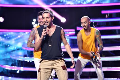 """Mișcări din sold și voce cât cuprinde la """"fiesta"""" lui Grigore Gherman. Cum l-a interpretat pe Ricky Martin"""