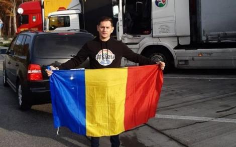 """El este românul care colindă"""" parcările din Germania şi duce şoferii de TIR la vot cu maşina personală"""