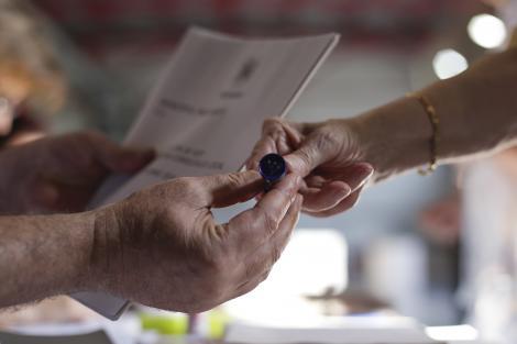 Alegeri prezidenţiale 2019, Turul 2 | Prezență la vot record în Diaspora. Numărul total de votanți până la această oră, mai mare decât totalul din primul tur de scrutin