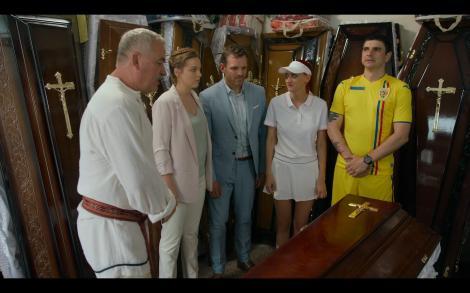 Ce s-a întâmplat în Mangalița, episodul 11. Doi cetățeni străini aduc panica în Mangalița, toată lumea crede că sunt veniți în control de la Uniunea Europeană. Primarul Stelian Manole ia atitudine și îi minuiește cu o masă tradițională