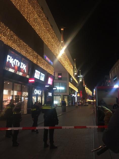 Un bărbat în vârstă de 35 de ani, arestat în legătură cu atacul de la Haga