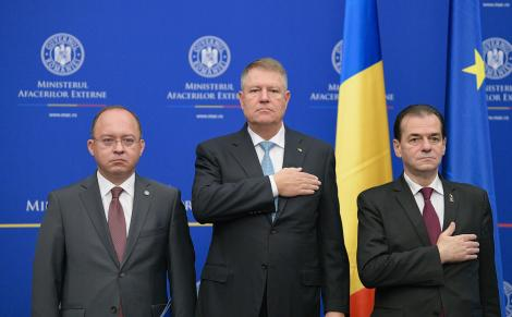 Iohannis, la învestirea lui Bogdan Aurescu: Convingerea mea fermă este că România trebuie să aibă o politică externă solidă, de succes, de încredere. Acest lucru acum începe să redevină posibil