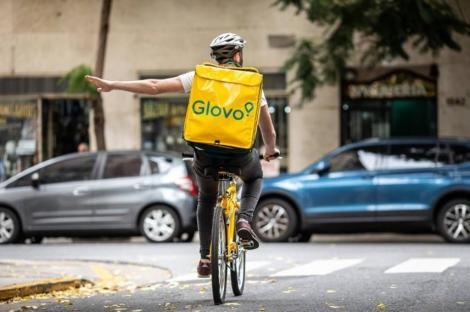 Aplicaţia de livrări rapide Glovo se lansează în Polonia, după achiziţia PizzaPortal cu 35 milioane euro