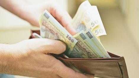 România, în pragul recesiunii? Ce se va întâmpla cu salariile românilor