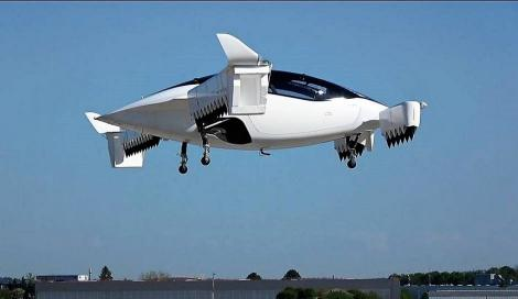 Studiu: Maşinile zburătoare ar putea atrage în 2020 milioane de dolari din partea investitorilor