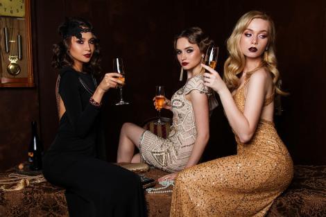 Ce rochii ai putea să porți de Revelion, în funcție de context