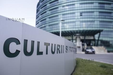 Ministerul Culturii alocă pentru Ziua Culturii Naţionale de anul viitor suma de 250.000 de lei