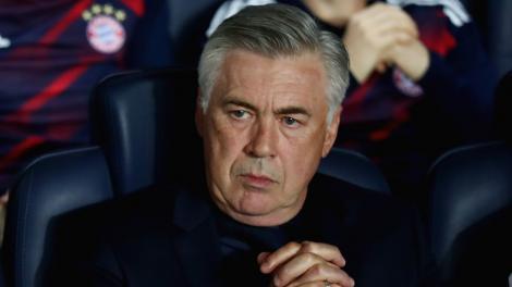 Ancelotti, demis după ce a calificat echipa Napoli în optimile de finală ale Ligii Campionilor